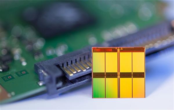 国科微推国产双芯SSD:自研主控+长江64层TLC闪存 560MB/s速度
