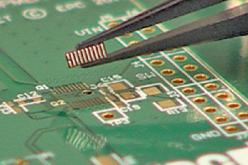 景嘉微第二代GPU图形处理芯片已完成适配,正与国内多家厂商进行产品测试