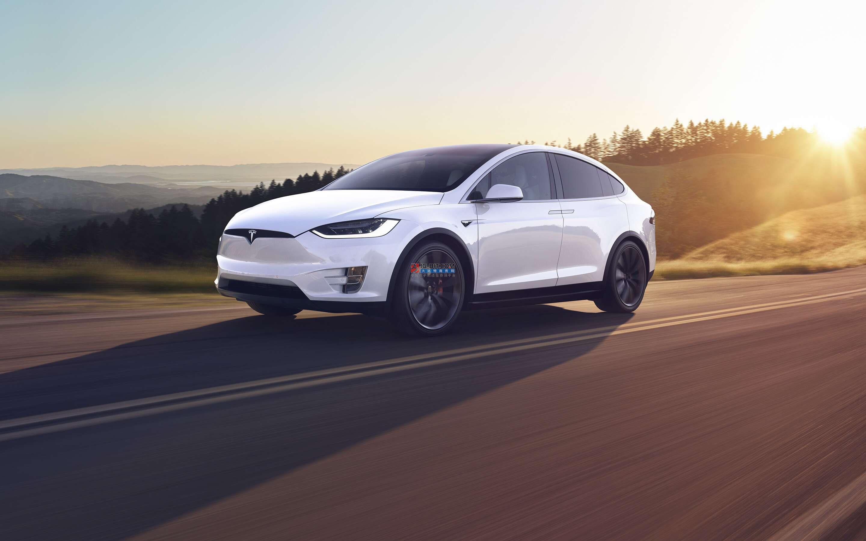 全球電動汽車銷量今年預計下降18% 燃油車下跌23%