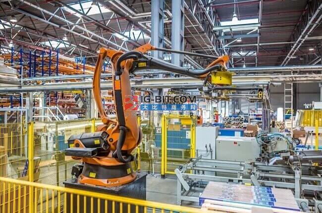 全国人大代表聂鹏举:建议扶持工业机器人核心零部件产业