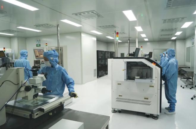 海宁先进半导体研究院研制出国内首款LIN接口发电机电压调节器