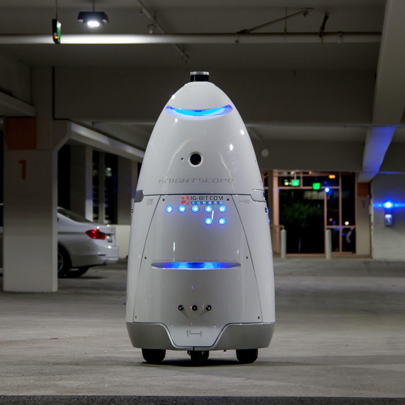 """从AI测温到安防机器人 智能安防会是新的""""守门神""""吗?"""