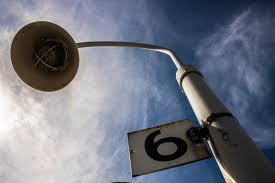 红榜!150盏路灯照亮谭家山居民回家路