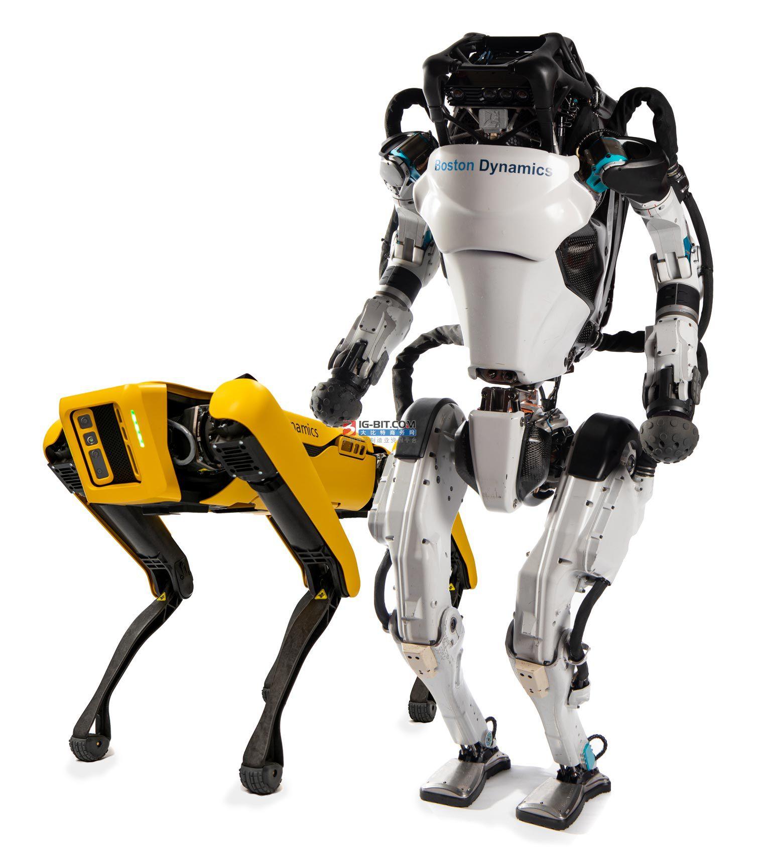 研究人员训练四足机器人平衡木