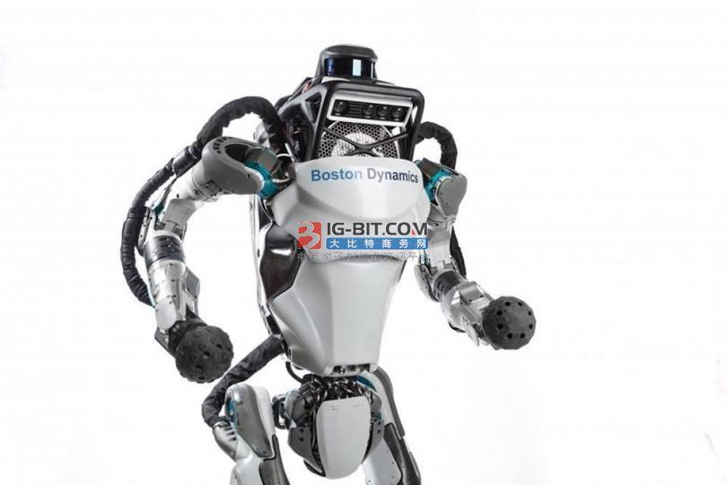 """官宣!國家電網任命第四代AI配網帶電作業機器人""""上崗"""""""