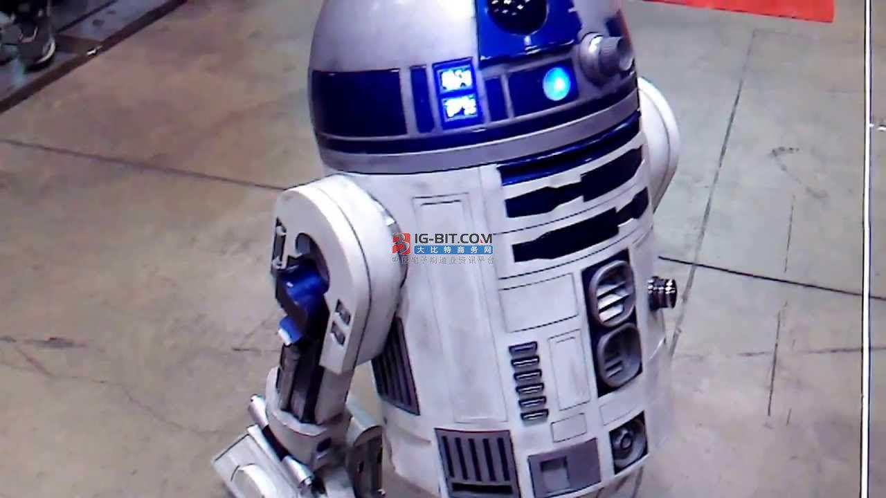 不惧危险环境,人工智能配网带电作业机器人勇担重任