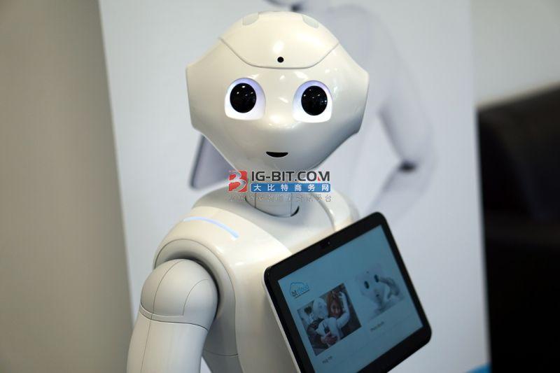 智能机器人是新基建的新载体