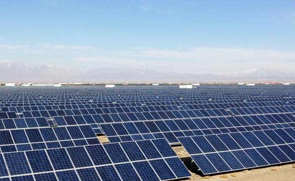 中电朝阳500MW光伏发电平价上网示范项目成功并网