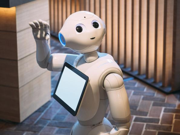 黄子韬和机器人吵起来了!网友:这是来搞笑的吧