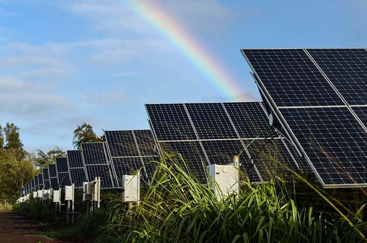 金华最大规模光伏车棚可实现年发电量近1000万千瓦时