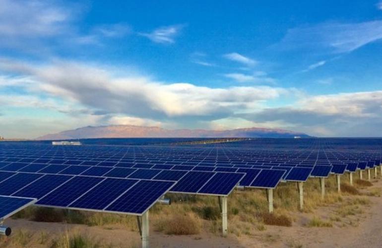 英国:40GW电池储能项目 每年1.5GW太阳能项目