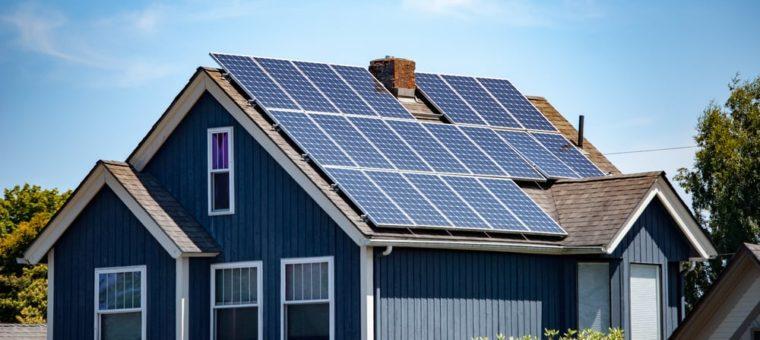 英太阳能企业正打造世界上最高效的太阳能电池板