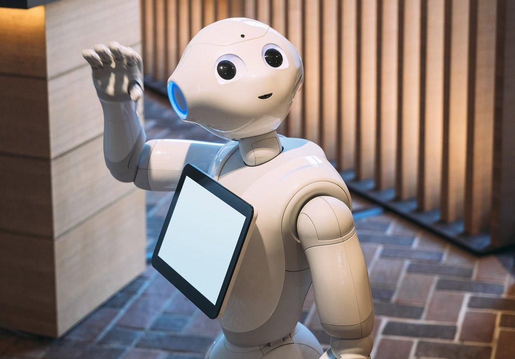 热点快评:释放信号 华为这是要进军服务机器人?