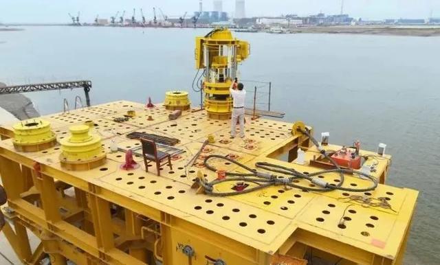 南阳二机集团技术研发取得新突破 深水水下连接器研制项目圆满结题