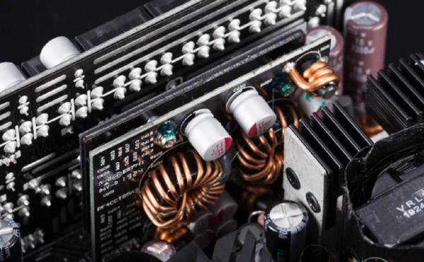电子行业供应链断层  磁芯、器件以内销为重