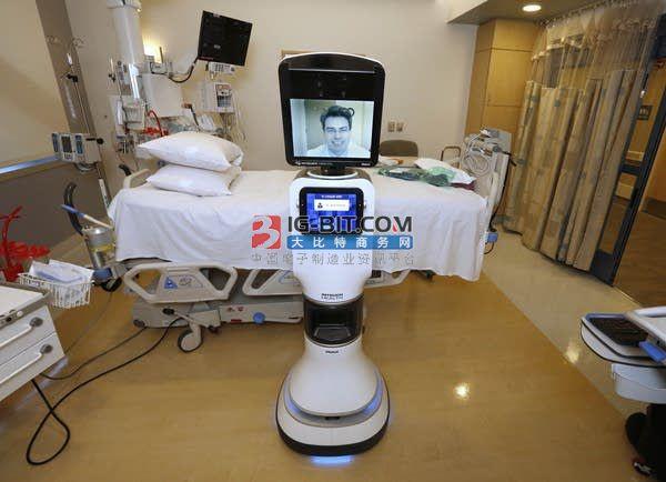 上海瑞金北院远程医疗机器人援助迪庆医院,实现沪滇两地专家在线会诊