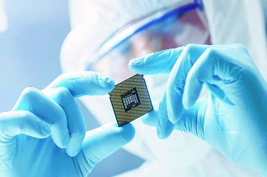 疫情推高芯片需求 全球半导体工厂开工率不降反升