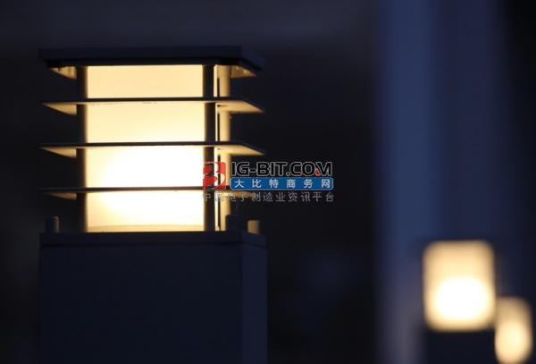 为什么百分百照明大功率LED明装筒灯适用于机场高铁站