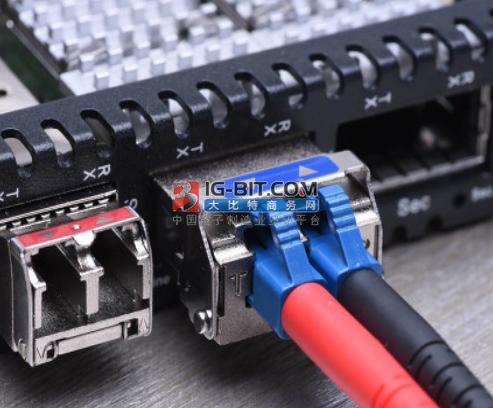Han® 1A 矩形连接器:可做新的以太网接口