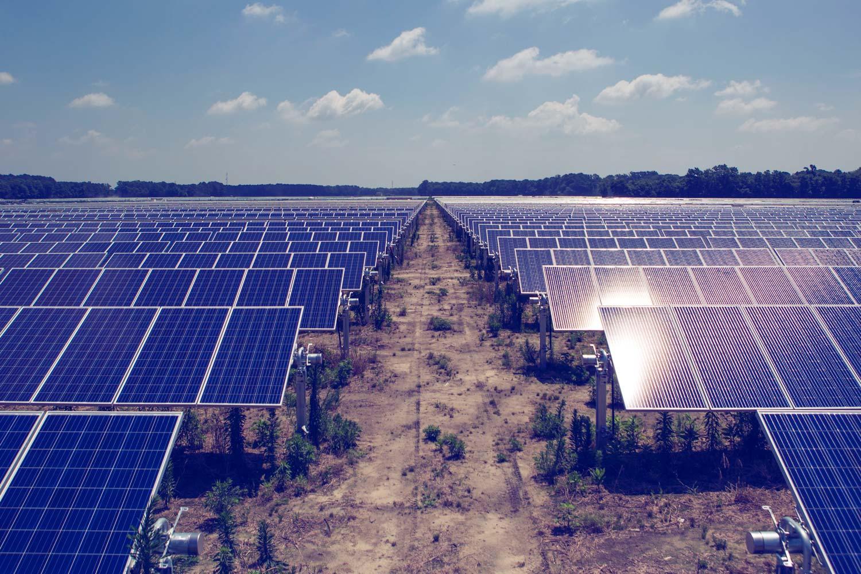 中广核新能源:1-7月中国太阳能项目增加54.5%