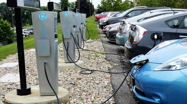 汽车充电桩的充电方式 跟小编共同来了解吧