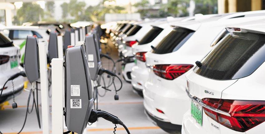 新能源汽车市场回暖 助推关键核心技术突破