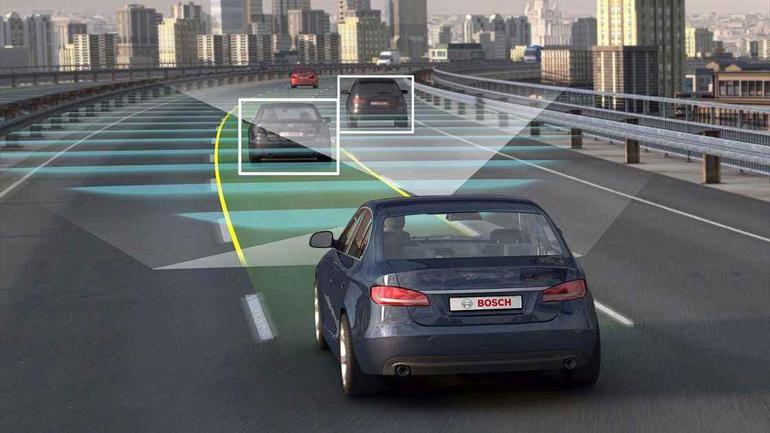 特斯拉将推全自动驾驶测试版,政府监管部门或成拦路虎?