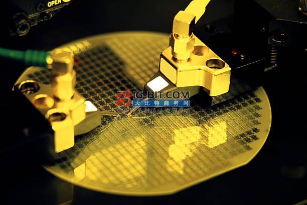 国产8英寸石墨烯晶圆亮相,据称已实现小批量生产
