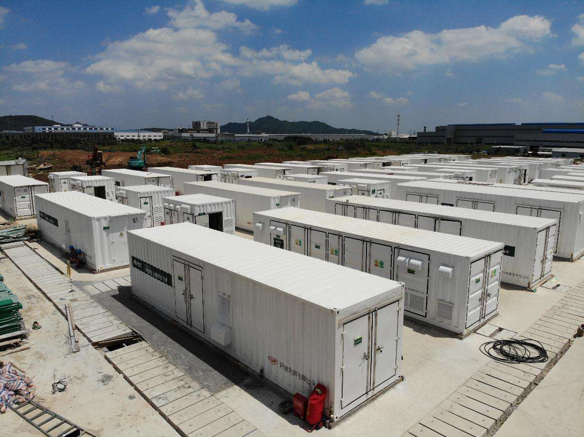 日喀则光伏储能示范项目成功并网发电