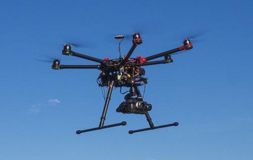 中国积极探索城市低空无人机有效管控
