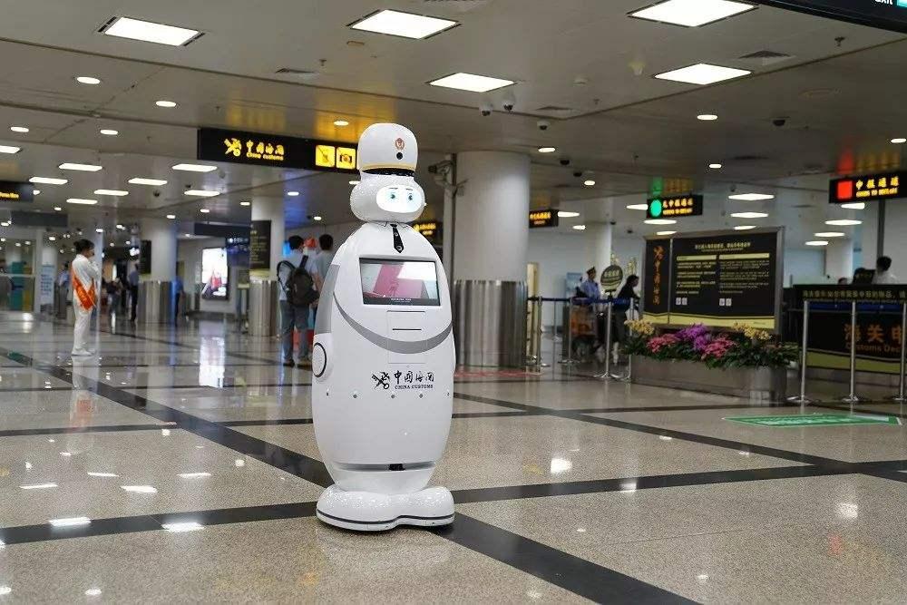 创泽智能机器人受热捧 签订近10亿元意向协议