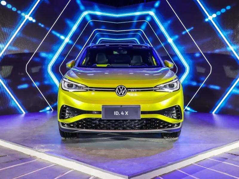 上汽大众首款MEB中型纯电SUV ID.4 X首次在上海与公众见面