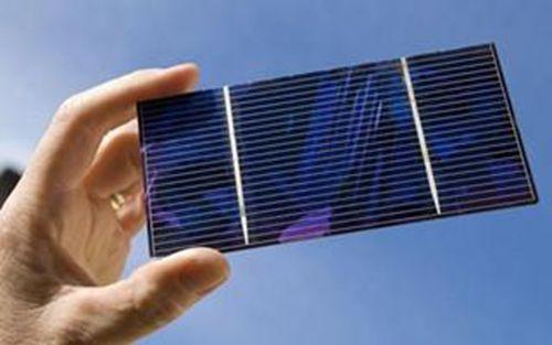 新型钙钛矿薄膜让太阳能电池实现高效率