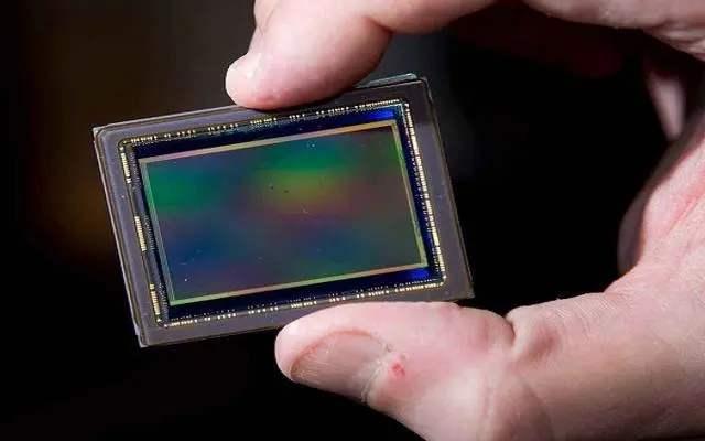 索尼预计2020财年CMOS图像传感器销量额将同比下降11.8%