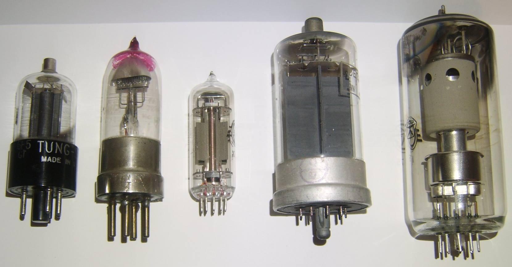 详解这两款三极管之间的不同与选用