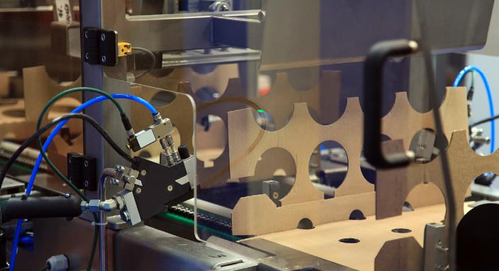 Molex莫仕采用顶尖设计方案克服连接器封装上的挑战
