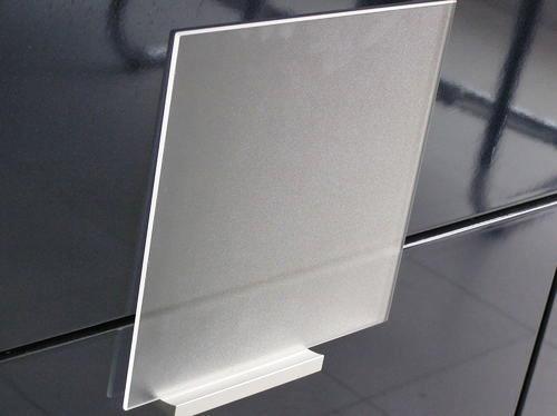 洛阳玻璃拟募资20亿元投资太阳能装备用光伏电池封装材料