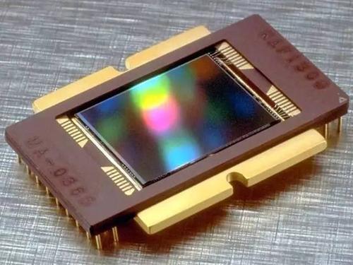 豪威发布 4000 万像素智能手机图像传感器 OV40A