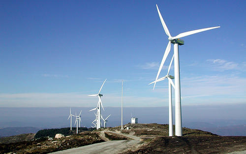 发改委:调整能源结构 加快光伏和风电发展