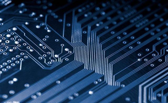 """中国电子材料行业协会常务副秘书长鲁瑾:""""新基建""""助力 """"双循环""""催化 电子材料产业"""