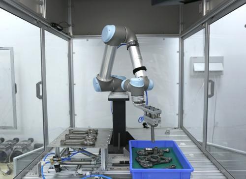 ABB梁锐:上海机器人工厂明年投产,年产量将达10万台