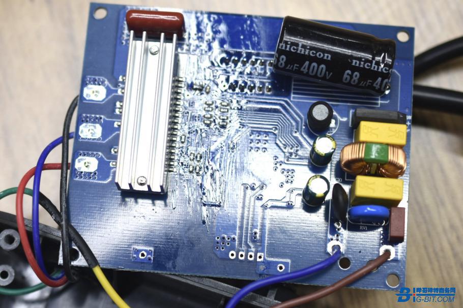PCB板背面一览