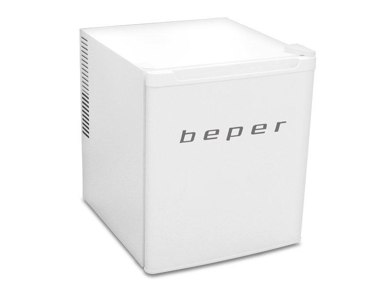 电子冰箱 一个通过半导体制冷的车载冰箱