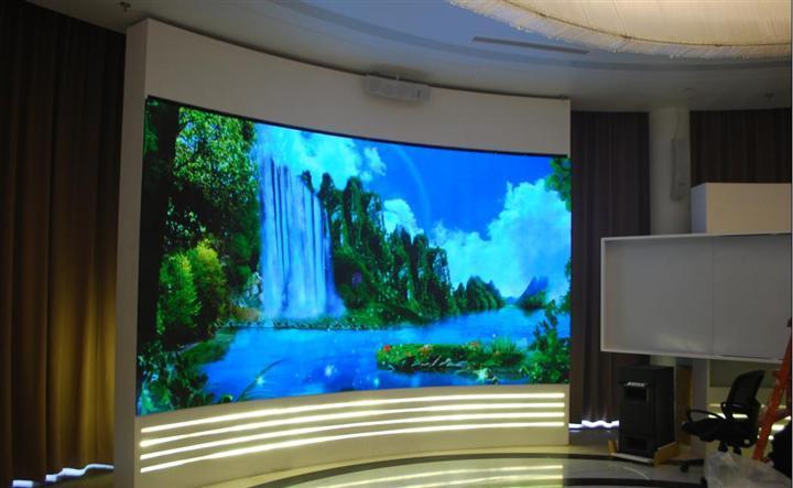 如何选购合适的室内全彩LED显示屏