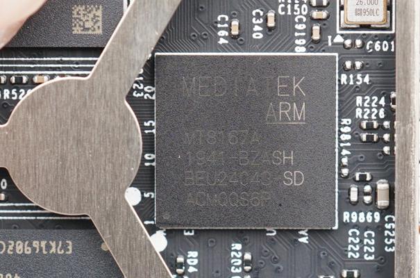 采用联发科MT8167A芯片的小度在家智能屏X8(图源我爱音频网)