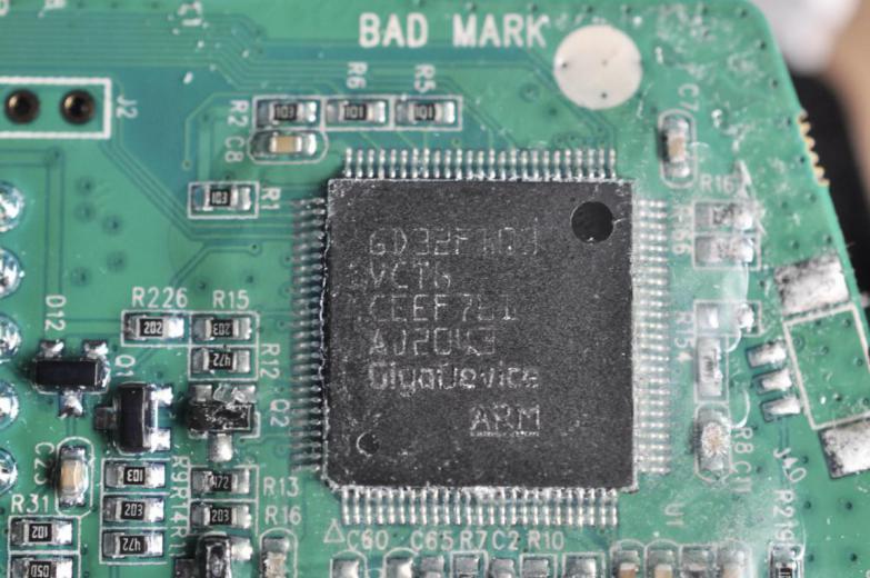 兆易创新(GigaDevice)GD32F103VCT6系列。
