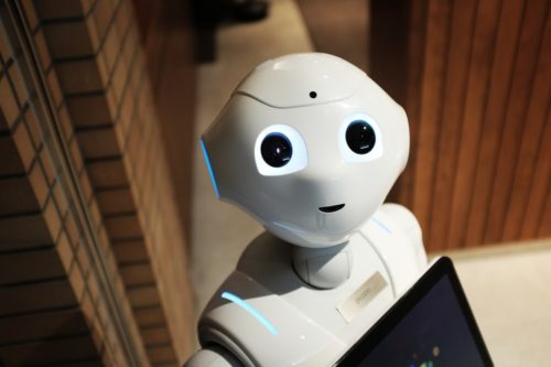 智能机器人:为抗击疫情赋能 为智慧医疗探路