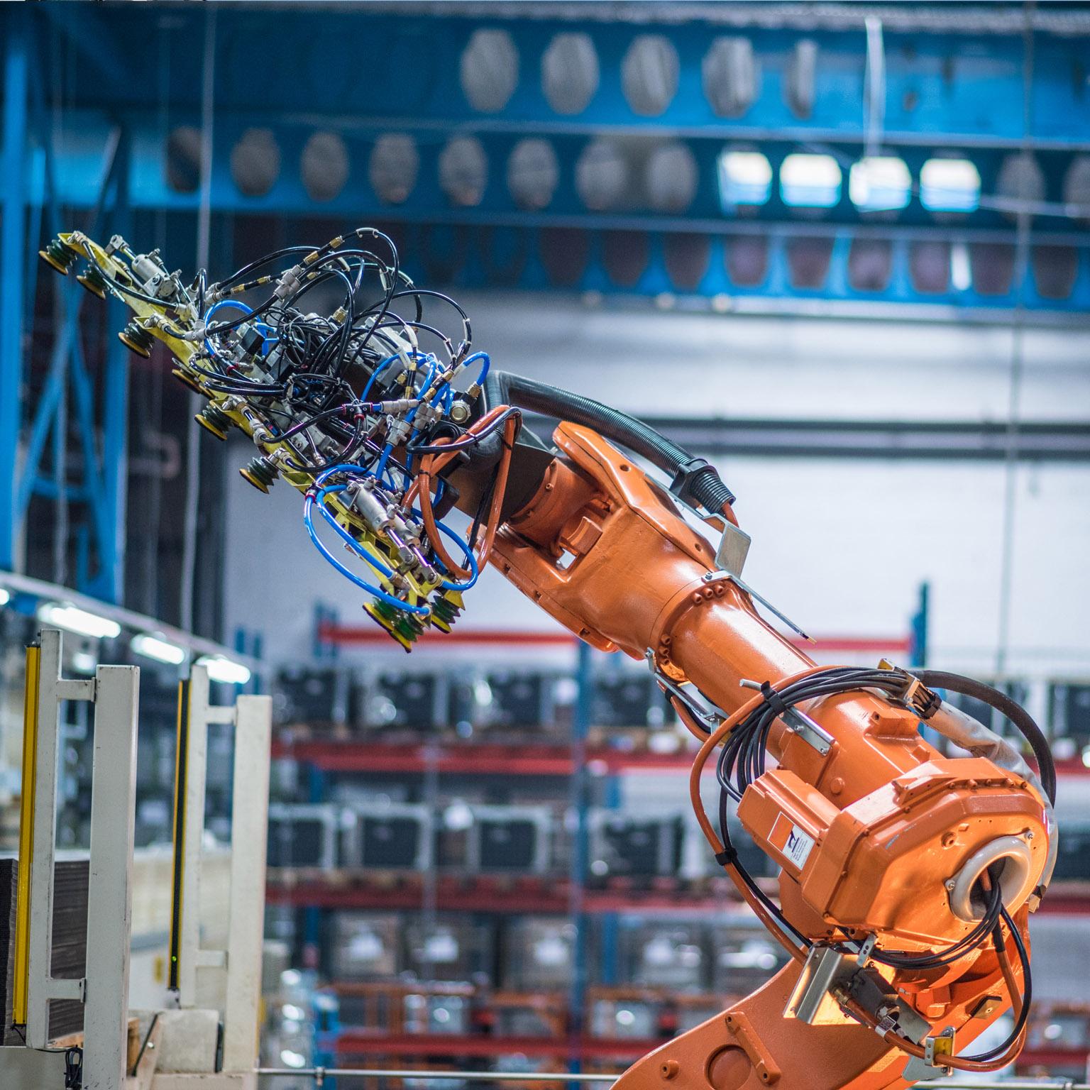 安森美半导体高能效方案赋能机器人创新,助力工业自动化升级
