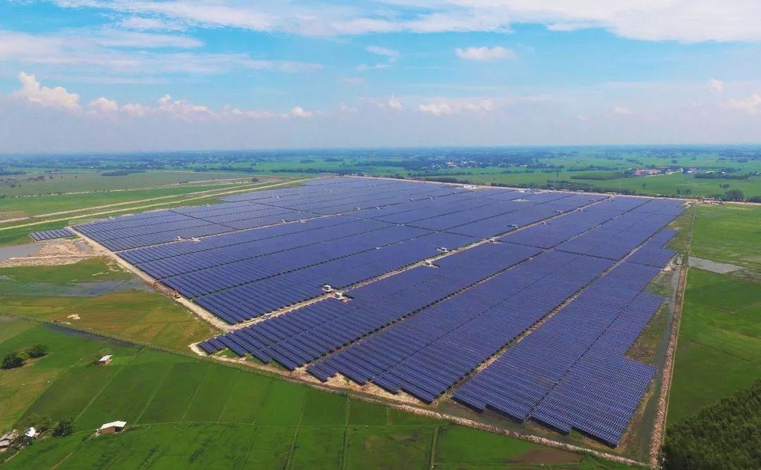山东威海乳山300MW光伏发电项目和全域光伏项目签约
