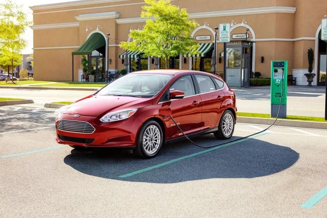 重新设计的电源逆变器有望提升电动汽车的续航能力